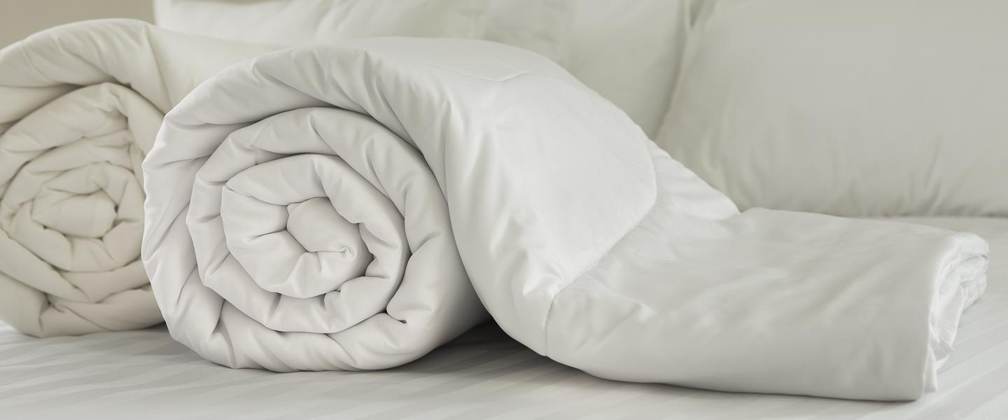 The Difference Between Feather and Down Duvets?