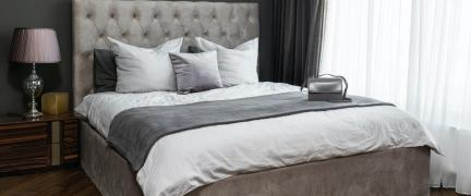 How to Put on a Duvet Cover - Two Easy Methods